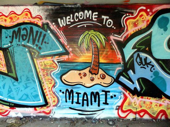 miami-marine-stadium-graffiti-2