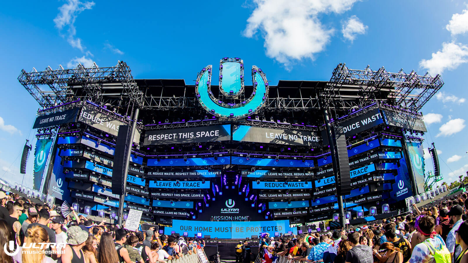 Ultra Music Festival Main Stage with Leave No Trace Visuals