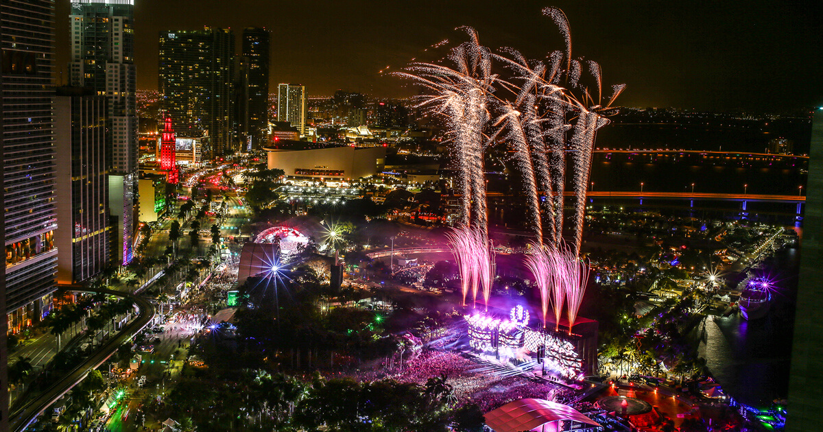 Light Show Near Me 2020.Ultra Music Festival Mar 20 21 22 2020